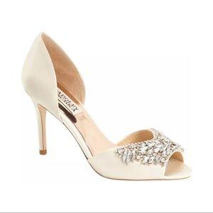 $225 Badgley Mischka Crystal Jewel D'orsay Peep To